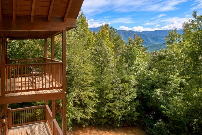 5 Bedroom Cabin with View of the Smoky Mountains - Crown Jewel