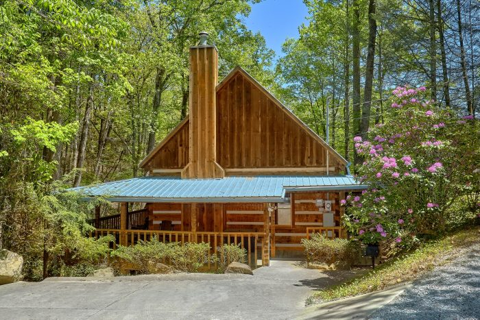 Featured Property Photo - Cuddle Creek Cabin