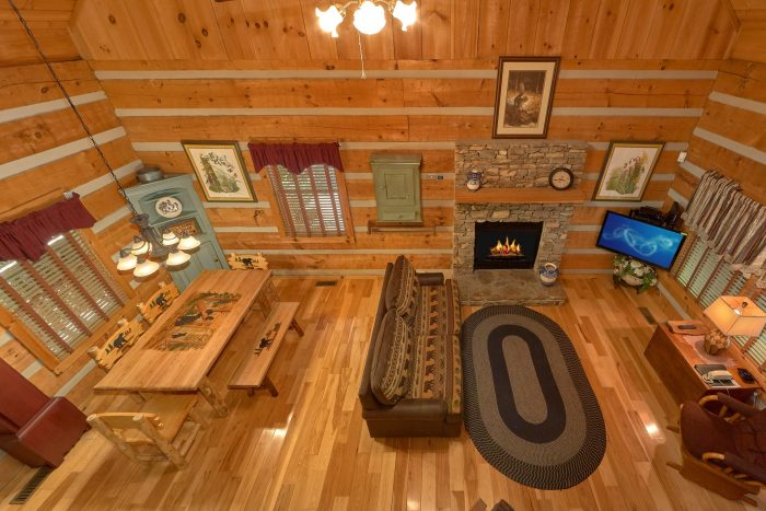 Smoky Mountain Cabin with 2 Queen Beds - Cuddle Creek Cabin