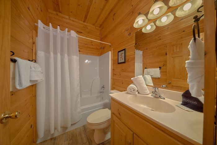 Cabin with Billiard Room - Cuddly Critters
