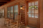 Cozy 2 Bedroom Cabin in Pigeon Forge Sleeps 8