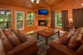 4 Bedroom Cabin that Sleeps 12 with Fireplace