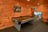 Spacious Cabin with Air Hockey and Game Room