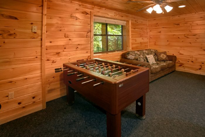 Cabin with Foosball Game and Air Hockey Game - Dogwood Retreat