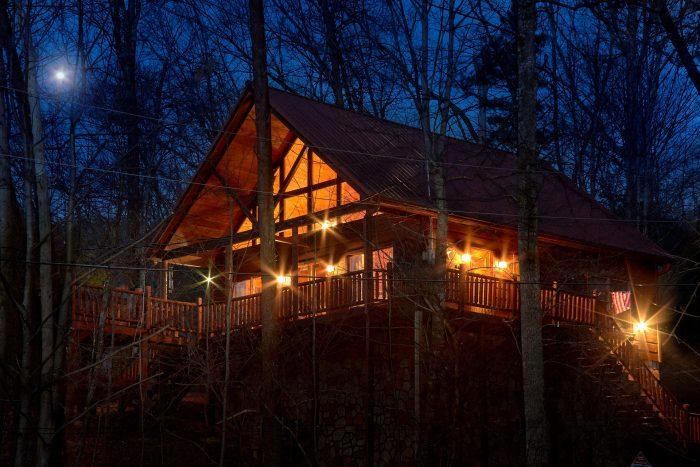 Dutch's Den Cabin Rental Photo