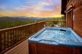 Cabin with Mountain Views and Hot Tub