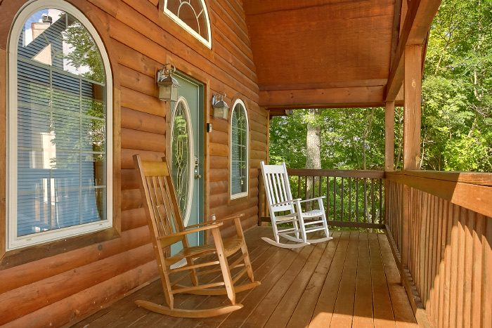 i Bedroom Cabin with Rocking Chairs and Porch - Eastern Retreat