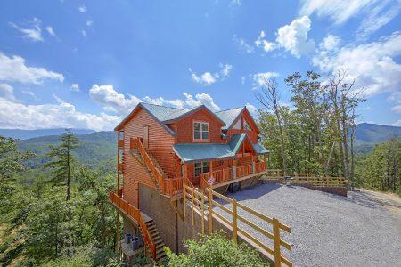 Laurel Cove: 5 Bedroom Gatlinburg Cabin Rental