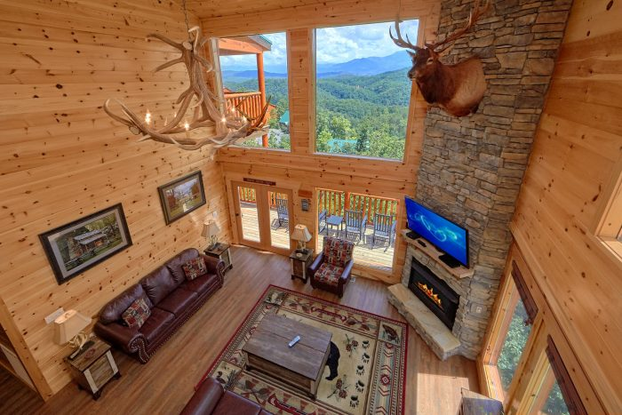 Luxurious 5 Bedroom Cabin with Fireplace - Elk Ridge Lodge