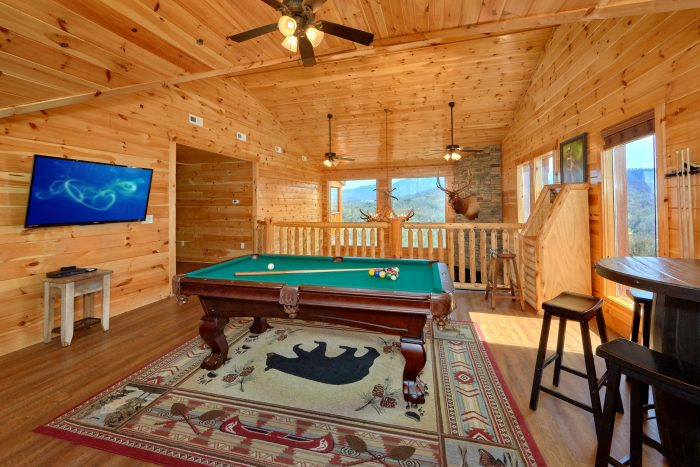 Cabin with 2 Arcade Games, Pool Table and View - Elk Ridge Lodge