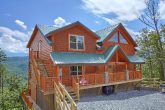 5 Bedroom Cabin with Resort Swimming Pool Access