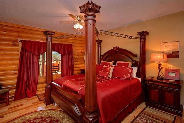 Main Floor Master Suite 5 Bedroom Cabin Sleep 14 - Elkhorn Lodge