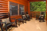 Spacious 5 Bedroom Cabin in Gatlinburg