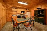 Cabin with full kitchen and fireplace