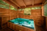 Cabin with hot tub and private deck