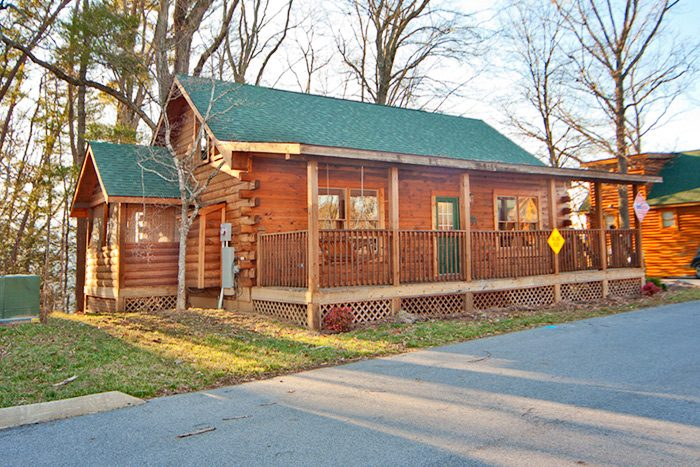 Log cabin rental in the smoky mountains for Gatlinburg tn log cabin rentals