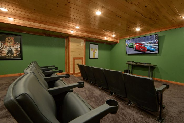 Beautiful Theater Room 6 Bedroom Cabin - Family Fun Pool Lodge 1