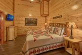 Indoor Pool Cabin with 5 King Beds Sleeps 14