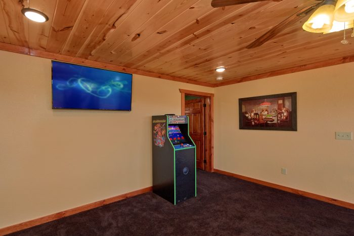 Arcade Game and Flat Screen TV in Game Room - Family Fun Pool Lodge 2
