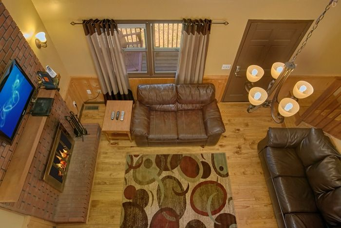 Cabin with Fireplace, WIFI and Sleeper Sofa - Family Getaway