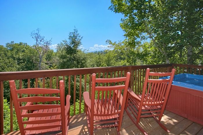 Pigeon Forge Cabin with Deck and Hot Tub - Family Getaway
