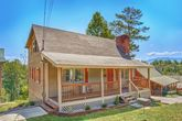 3 Bedroom Pigeon Forge Cabin with Flat Parking