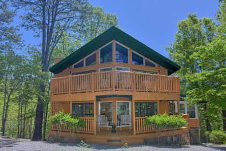 Eagle 1: 3 Bedroom Sevierville Cabin Rental