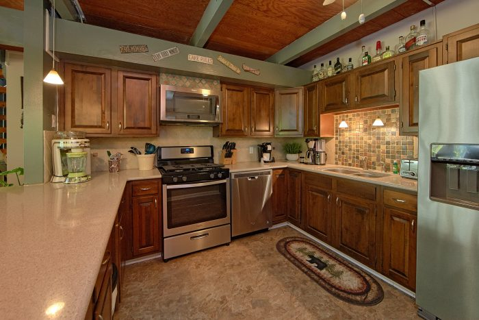 Fully Furnished kitchen in 3 Bedroom Cabin - Forever Country
