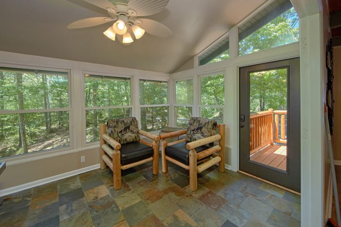 Cabin with Sun Porch and Ping Pong Table - Forever Country