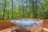 3 Bedroom Cabin with 2 Hot Tubs on deck