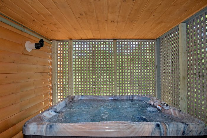 2 Private Hot Tubs in 3 Bedroom Cabin - Forever Country