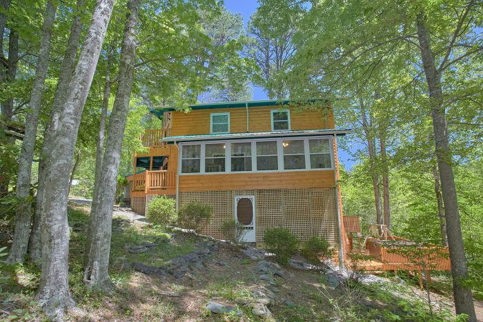 3 Bedroom Cabin with Wooded View - Forever Country
