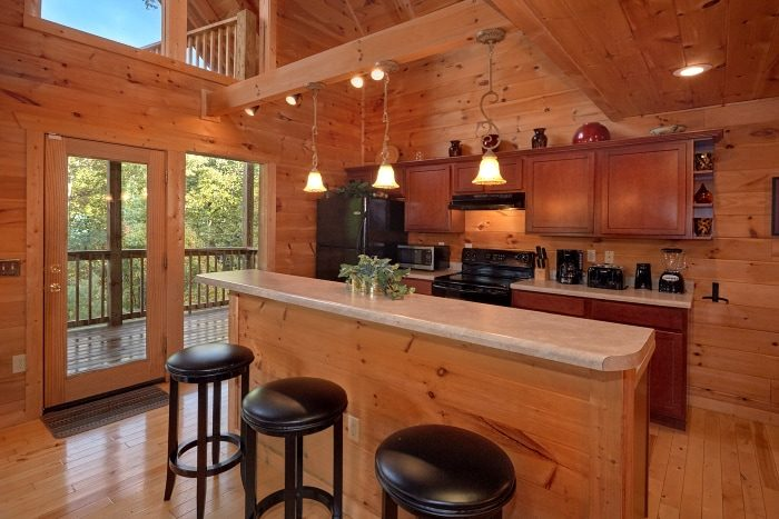 3 Bedroom Cabin with Bar Seating in Kitchen - Fort Knoxx
