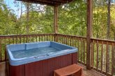 Luxurious 3 Bedroom Cabin with Private Hot Tub