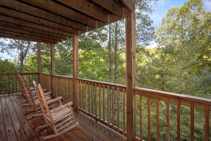 3 Bedroom Gatlinburg Cabin with Private Location - Fort Knoxx