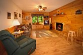 Cabin with Spacious Living Room with Fireplace