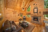 Honey Moon Cabin with Living Room and Fireplace