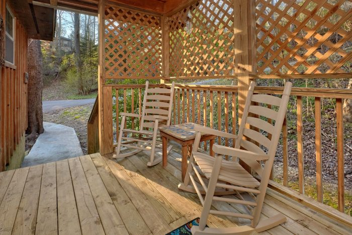 Affordable 1 Bedroom Cabin Near Pigeon Forge - Gray's Place