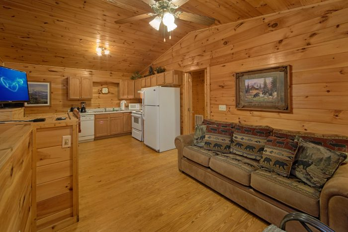 Cabin with Kitchen and Dining Table - Grin N Bear It
