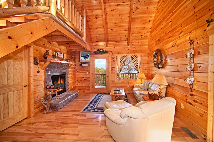 Romantic Cabin in the Smokies with Living Room - Happily Ever After