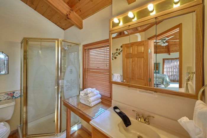 Master Bedroom with Connecting Full Bathroom - Hearts Desire