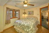 5 Bedroom Gatlinburg Cabin with Queen Bed and TV