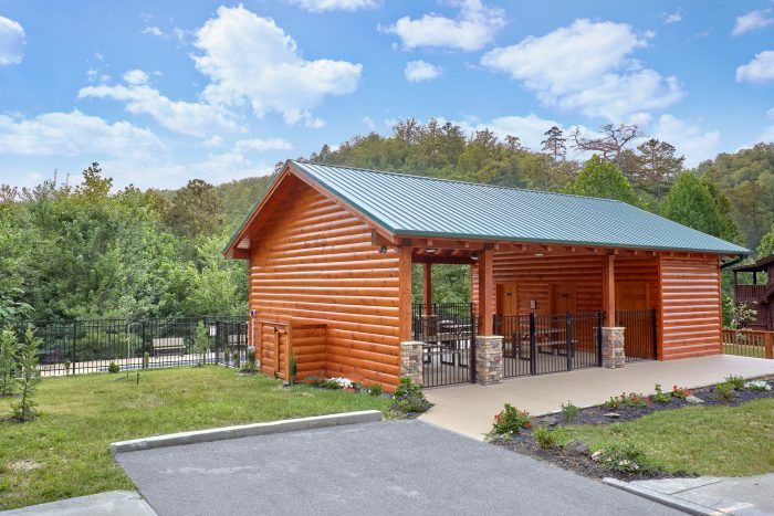 gatlinburg area cabin in wears valley smoky mountain ridge