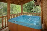 Resort cabin with Private Hot Tub