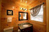Cabin with Private Master Bath