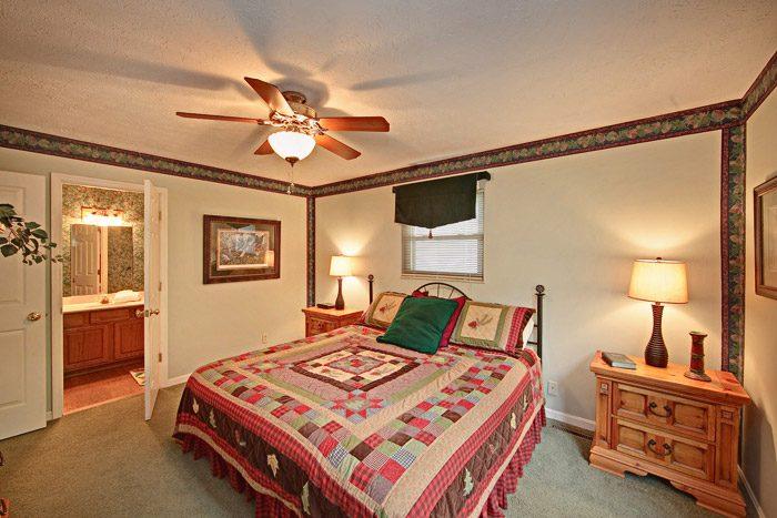 Gatlinburg Cabin with Three King Beds - Hidden Peaks