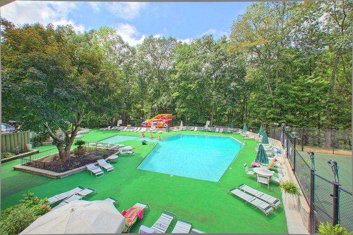 Cabin with Resort Pool Access - Hidden Peaks