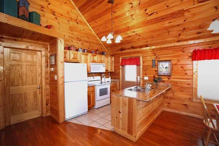 Smoky Mountain Cabin with a Furnished Kitchen - Hideaway Heart