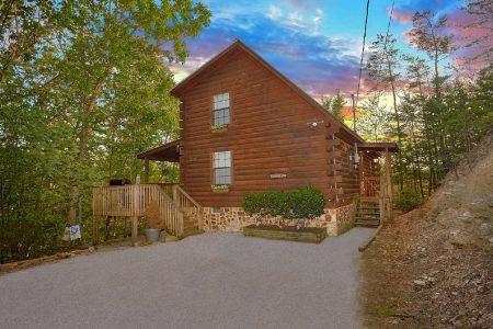 Indian Sunset: 2 Bedroom Sevierville Cabin Rental
