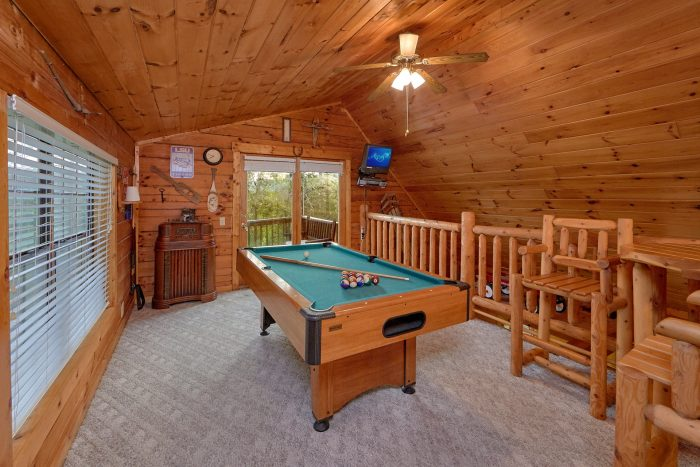 Open Loft Game Room - Hide-A-Way Point
